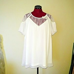 City Chic Size M/18 Top Whimsy Lace Ivory